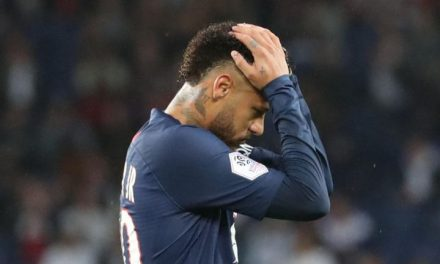 Neymar leaves the field dejected after PSG slump to defeat against Reim